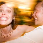 Dans vid den roliga bröllopsfesten