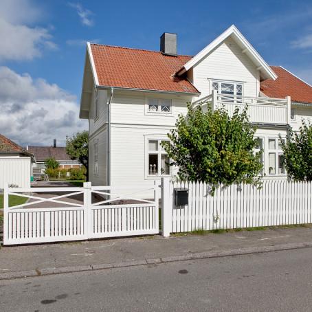 Husfoto - exteriör bild vacker villa